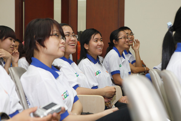 Top university graduates exchanged with young leaders: Healthy seed must be sowed in GOOD ENVIRONMENT