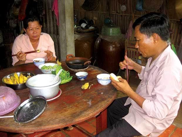 20 năm lo chữa bệnh cho chồng